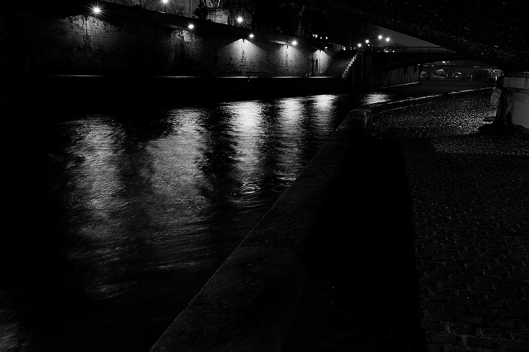 Paris by night noir&blanc
