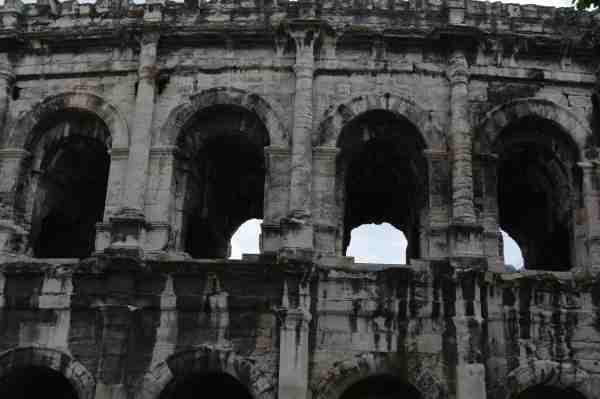 Nîmes (33)_01_01