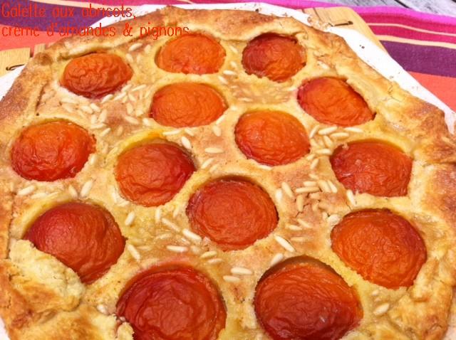 galette aux abricots, crème d'amandes & pignons 2