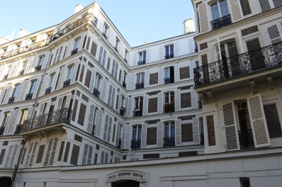 St Georges - Place Clichy (3)