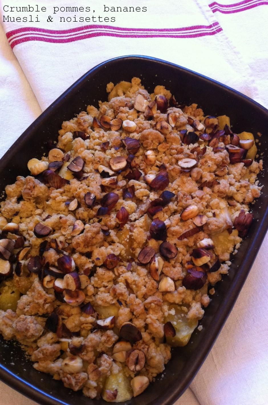 Crumble pommes, bananes-Muesli&noisettes2