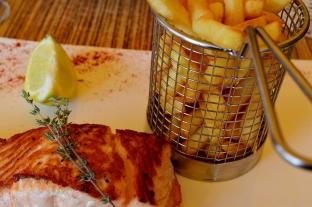 Julie - Restaurant Bouzigues (8)